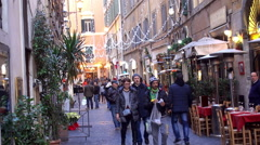 Crowd tourists in the Rome historical center at Christmas. Stock Footage