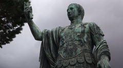 Rome-Statue-Emperor Stock Footage
