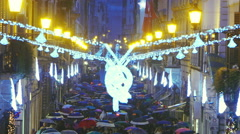 People walking in rome during christmas time: via Condotti, shopping Stock Footage