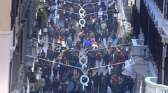 Crowd in Rome for shopping in the sales period Stock Footage