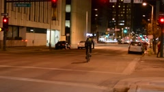 Bike messenger Stock Footage