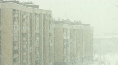 4K Heavy snow in the city Stock Footage
