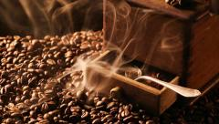 Slowly release the aroma of roasted coffee - stock footage