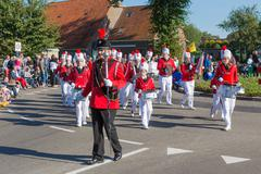 NIEUWEHORNE, THE NETHERLANDS - SEP 28: Marching band 'Marko's' walking in a c Kuvituskuvat