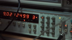 Frequency counter oscilloscope waveform tilt up Stock Footage
