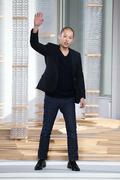 NEW YORK, NY - FEBRUARY 18: Designer Jason Wu walks the runway at the Boss Wo Stock Photos