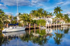 Expensive yacht and homes in Fort Lauderdale Stock Photos