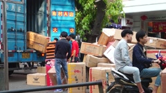 Shenzhen, China: loading and unloading of goods Stock Footage