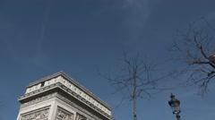 Place de l'Étoile Arc de Triomphe Paris monument  - tilt down Stock Footage