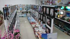 Shop with home decotarions: pictures, flowers, textile Stock Footage