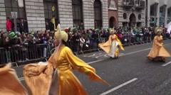 St Patricks Parade Dublin Dancing Asian Women Arkistovideo