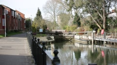 Water lock on river thames Stock Footage