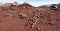 Uranium Badlands Temple Mountain Utah Abandoned Mining Area Old Ladder Panning Stock Footage