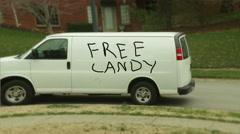 Free candy pervert van Stock Footage
