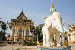 Modern Buddhist temple in Battambang, Cambodia Stock Photos