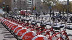 El Bicing - Barcelona city bicycles in Barceloneta Stock Footage