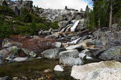 Waterfall At Top Of Chilnualna Falls Yosemite Kuvituskuvat