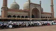 India, New Delhi, Friday mosque, Jama Masjid, prayer session - stock footage