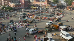 Overview of a busy square in Jaipur, India Stock Footage