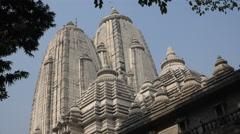 Facade of the Birla Mandir temple in Kolkata, India Stock Footage