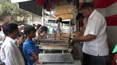 Sandwich shop in Mumbai, fast food snacks in India Arkistovideo