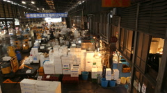 4K Motion Control Pan Time Lapse of Tsukiji Fish Market in Tokyo -Zoom In/Out- Stock Footage