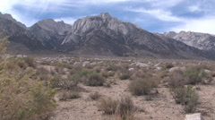 Slo pan right lone pine high desert Owens Valley Stock Footage