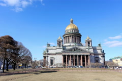 4K. Movement of clouds over St. Isaac's Cathedral in St. Petersburg on march  Stock Footage
