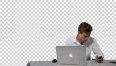 K14A8790 Guy sits at laptop, boss (Girl) appears  both look at mobile Stock Footage