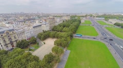 Cityscape with transport traffic on Esplanade of Les Invalides Stock Footage