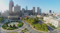City panorama with car traffic on Logan Square near Museum Stock Footage