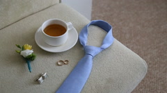 Wedding rings and boutonniere, shallow depth of field Stock Footage