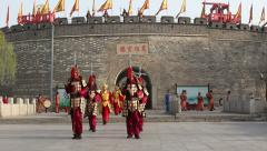 Ceremony of opening the city gate of Qufu Confucius temple Stock Footage