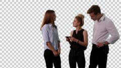 K14A8756 - 2 girls, one guy, mobile phone disbelive, surprise Stock Footage