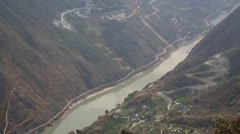 Landscape of Tiger leaping gorge in Yunnan Stock Footage