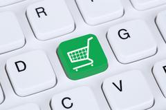Online shopping e-commerce internet shop concept Kuvituskuvat