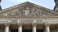 Reichstag detail 'Dem Deutschen Volke' Stock Footage