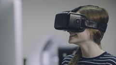 Woman using oculus rift Stock Footage