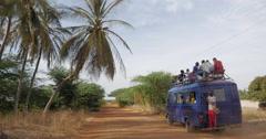Bush Taxi in Senegal - Taxi Brousse au Sénégal - stock footage