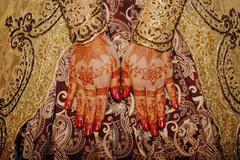 Henna On Hands Of Indonesian Wedding Bride Stock Photos