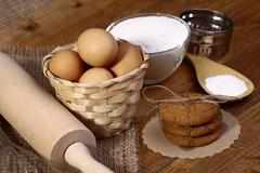 Ingredients and appliances for cooking oatcakes Stock Photos