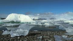 Forward slider to the Jökulsárlón Glacier lagoon Stock Footage