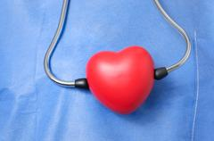 Stethoscope with red heart shape Kuvituskuvat