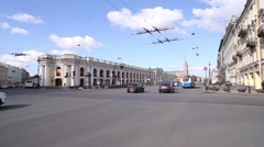 Saint Petersburg, Nevsky Prospekt, Gostiny Dvor metro, city traffic - stock footage