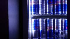 Red Bull, pull focus Stock Footage