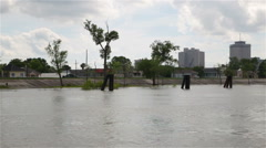 Mississipi river levee protecting New Orleans, Louisiana, USA Arkistovideo