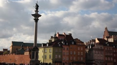 Old Town Warsaw, Poland. The Royal Castle and Kolumna Zygmunta Stock Footage