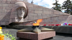 The eternal flame at the memorial complex in Samara, Russia Stock Footage