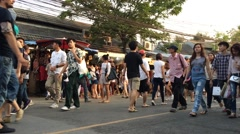 Croud of people in Bangkok Jatujak marketplace Stock Footage