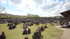Berlin, Kreuzberg -park people -1.may Stock Footage